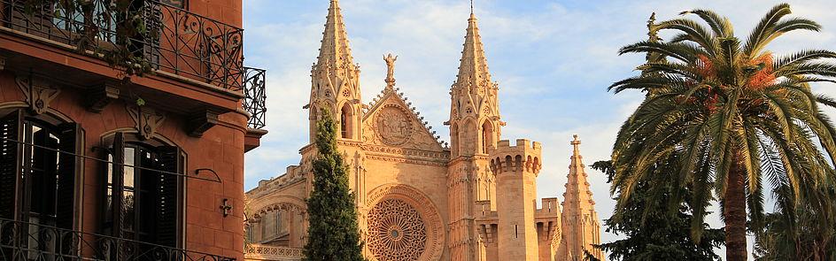 """""""La seu"""" - die Kathedrale der Heiligen Maria in der spanischen Hafenstadt Palma"""