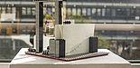 Foto (Heike Probst): Ein von Studierenden aus Legosteinen gebautes, funktionstüchtiges Amperemeter.