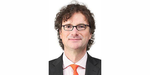 Foto (Universität Paderborn): Prof. Dr. Rüdiger Kabst