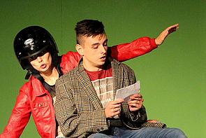 Lisa Meierkord und Dennis Bienkowski verkörpern die tragische Komik.