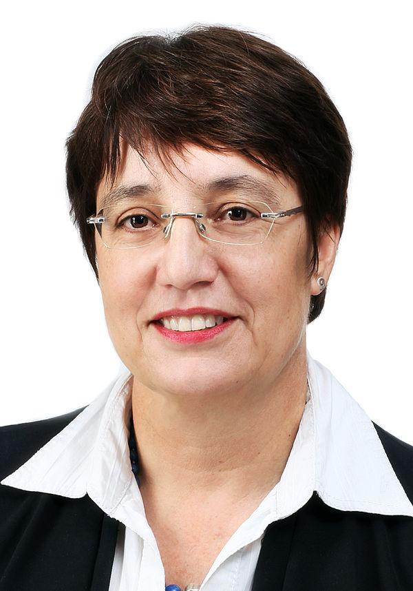 Foto (Universität Paderborn, Adelheid Rutenburges): Prof. Dr. Birgit Riegraf (Projektleitung)