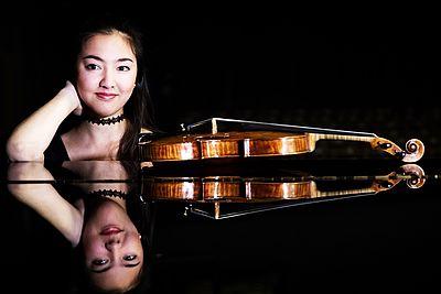 Gina Keiko Friesicke, Violine