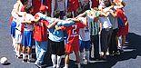 """Fotos (Stiftung Jugendfußball): Nicht gegen-, sondern miteinander spielten die Teams bei den verschiedenen von der """"Stiftung Jugendfußball"""" organisierten Turnieren."""