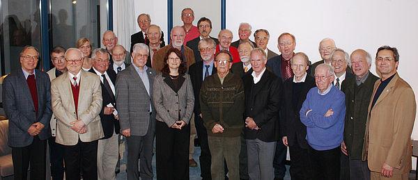 Foto (Mark Heinemann): Erstes Emeriti-Treffen der Universität Paderborn am 4.11.2008 im Jenny-Aloni-Gästehaus.