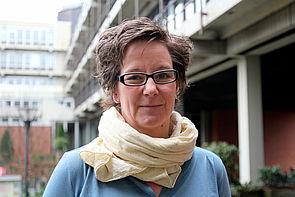 Prof. Dr. Uta Häsel-Weide erforscht das Lernen und Lehren von Mathematik.