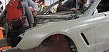 (Foto: Jana Neuhaus) Fügetechniken am echten Objekt – die Fahrzeugkarosserie  des Mercedes-Benz SL Cabrio