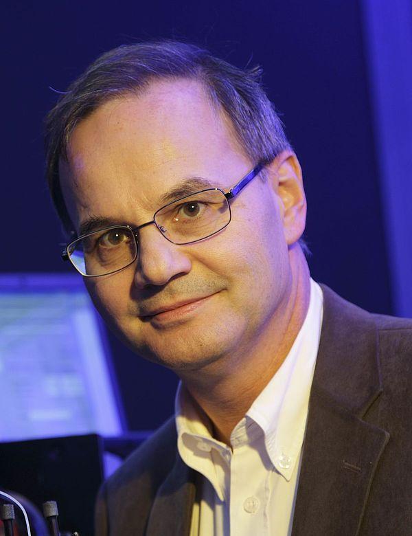 Foto (Universität Paderborn): Prof. Dr. Artur Zrenner