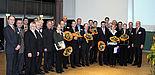 Foto: Prof. Dr.-Ing. Klaus Meerkötter (4.v.li.), Dekan der Fakultät für Elektrotechnik, Informatik und Mathematik, freut sich über die erfolgreichen Preisträger der Fakultät. Ferner auf dem Bild: Prodekane und Fakultätsgeschäftsführer sowie Vertr