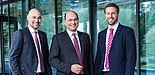 Foto: Das Direktorium des Fraunhofer IEM: Dr.-Ing. Roman Dumitrescu, Prof. Dr.-Ing. Ansgar Trächtler (Institutsleiter) und Prof. Dr. Eric Bodden (v. l. n. r.).