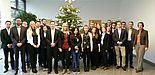 Foto (arvato Bertelsmann): Die Studenten der Uni Paderborn freuen sich über den erfolgreichen Abschluss des Seminars.