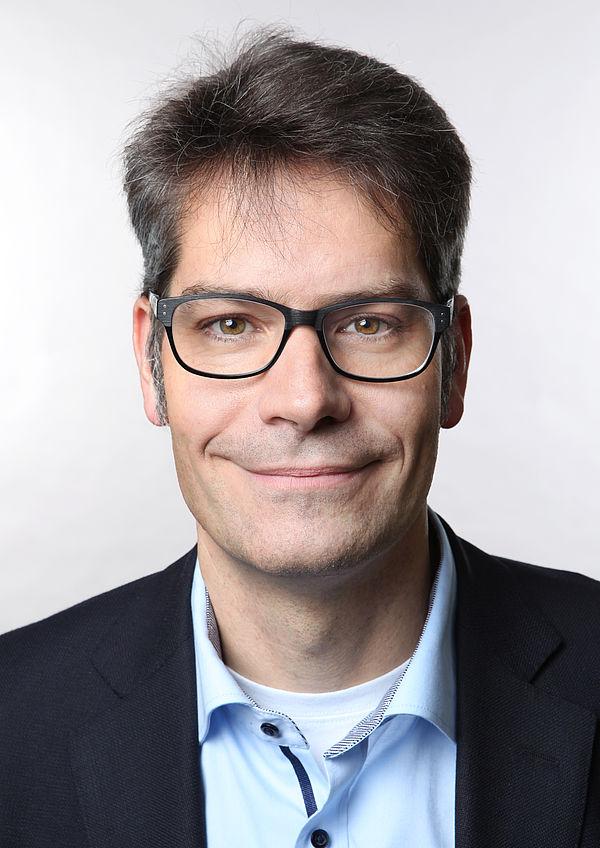 Foto (Universität Paderborn): Prof. Dr. René Fahr ist neuer Vizepräsident für Wissens- und Technologietransfer an der Universität Paderborn.