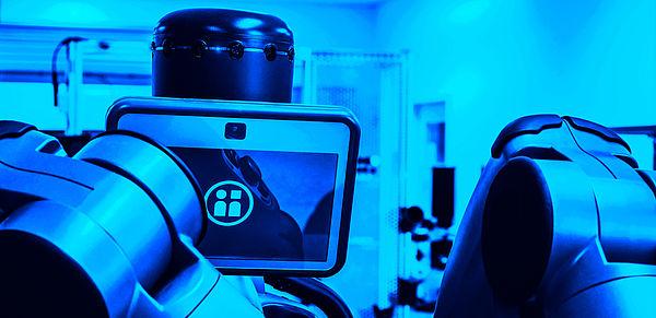 """Der Roboter """"baxter"""" im Smart Automation Laboratory ist speziell für die Zusammenarbeit mit Menschen entwickelt."""