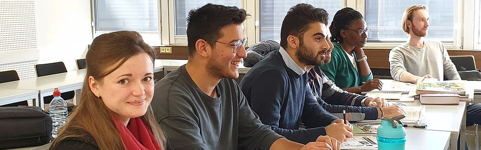 Universitat Paderborn Nachricht Postdoc Stipendien 0