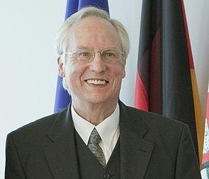 Foto (Ausschnitt, Fotograf: Ralph Sondermann): Prof. Dr. Horst Ziegler