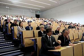 """Foto (Universität Paderborn, Vanessa Dreibrodt): Fachtagung """"Digitale Zukunft"""" an der Universität Bielefeld."""