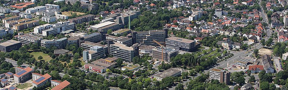 Der Campus der Universität Paderborn – Luftbild vom 14. Juni 2017.