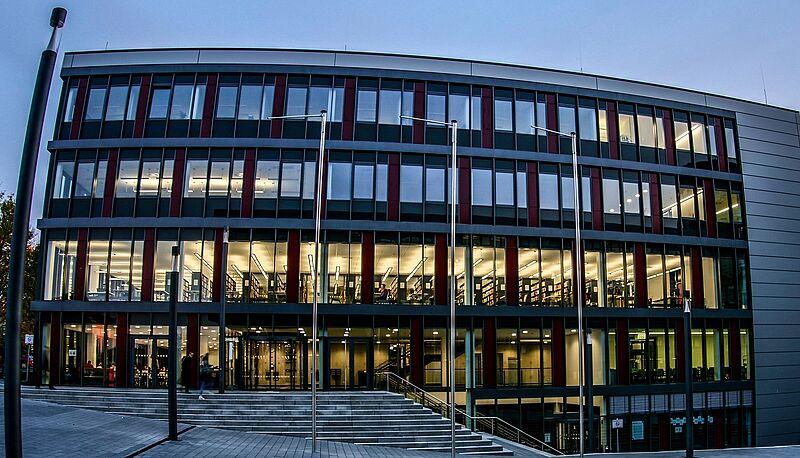 Universität Paderborn - Contact