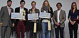 """Foto: (v. l. n. r.) Dr. Ingo Wagner (Kommission """"Wissenschaftlicher Nachwuchs"""", Clemens Töpfer, Karin Boriss, Christina Zobe, Prof. Kuno Hottenrott (dvs-Präsident) und Prof. Yolanda Demetriou (dvs-Vizepräsidentin Nachwuchsförderung)."""