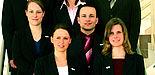 Foto: In Brüssel mit Silbermedaille ausgezeichnet - der erweiterte Vorstand von Campus Consult (von oben links nach unten rechts): Fabian Finke, Daniel Flake, Nicolas Hake, Kerstin Husemann, Sebastian Hilse, Frauke Seifert, Thomas Wende, Frauke Huxoll un