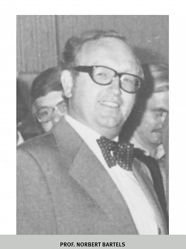Foto (Universitätsarchiv Paderborn): Prof. Norbert Bartels (1973)