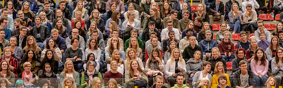 In the winter semester 2018/19 3,793 new students are welcomed at Paderborn University.