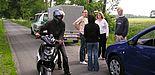 Foto (Kreispolizeibehörde Paderborn): Hochschulangehörige bei den Dreharbeiten zum Film