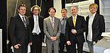 Foto (Universität Paderborn): Partner im Verbundprojekt (v. l.): Dr. rer. nat. Karsten Lessmann (Pfinder KG), Prof. Dr.-Ing. Jadran Vrabec (Uni Paderborn), Dr. rer. nat. Andreas Morbach (Miele & Cie. KG), Dipl.-Phys.-Ing. Andreas Elsner (Uni Paderborn),