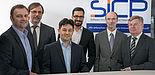 Foto (S&N CQM): Freuen sich über den erfolgreichen Start: Dr. Stefan Sauer (Geschäftsführer s-lab), Prof. Dr. Gregor Engels (Vorstandsvorsitzender s-lab und Sprecher SICP), Dr. Baris Güldali, Dr. Masud Fazal-Baqaie, Uwe Bröker (Geschäftsführer S&N
