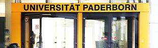 Foto des Uni-Eingangs (Foto: Universität Paderborn, Cinderella Welz)