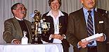 Foto: Dr. Manuela Sander (Mitte), Universität Paderborn, bei der Überreichung des CADFEM Users´ Award im Gästehaus des Bundes, dem Steigenberger Grandhotel Petersberg in Königswinter
