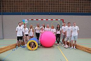 Foto (Universität Paderborn):  Studierende der Uni Paderborn (Gruppe 2)