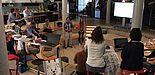 """Foto: Im innovativen Umfeld der """"garage 33"""" für Gründer und Unternehmer trafen sich die Teilnehmer des fünften transnationalen myVETmo-Meetings zu aktuellen Diskussionen und Präsentationen."""