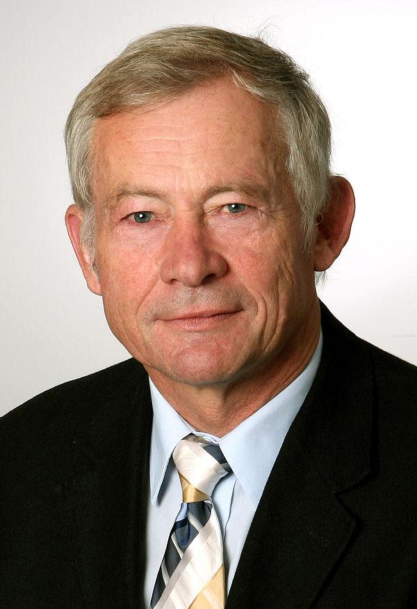 Foto (Universität Paderborn): Prof. Dr. Wolf-Dietrich Brettschneider