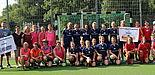 Foto (privat): Die aktuellen und ehemaligen Spielerinnen der Frauenfußballmannschaft des Paderborner Hochschulsports beim Jubiläumsturnier zum 20-jährigen Bestehen.