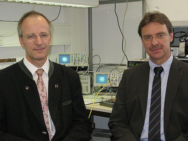 Foto: Prof. Dr.-Ing. Noé und Prof. Dr.-Ing. Rückert
