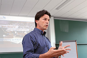 Foto (Heiko Appelbaum): Markus Hornig ist Experte für ganzheitliche und mentale Gesundheit.