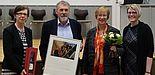 Foto (Daniel Baumann): Prof. Dr. Rita Burrichter, Uje Fenger, Brigitte Mertens und Anna Nickel im Auditorium maximum der Theologischen Fakultät Paderborn.