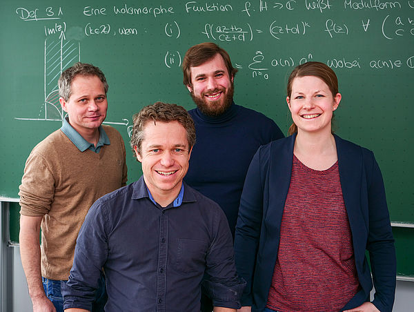 Foto (Johannes Pauly): Das PB^Math-Team.