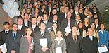 Foto: Beim Tag der Wirtschaftswissenschaften feierten im Audimax 140 ehemalige Studierende und neun Promovierte gemeinsam mit Angehörigen, Freunden sowie Vertretern der Fakultät