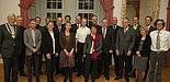 Foto: Im Audienzsaal des Neuhäuser Schlosses empfing Bürgermeister Heinz Paus neuberufene Professoren der Universität Paderborn.