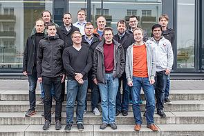 Foto (Universität Paderborn, Gavin Vaz): Gruppenbild vom ersten HighPerMeshes-Konsortiumstreffen.