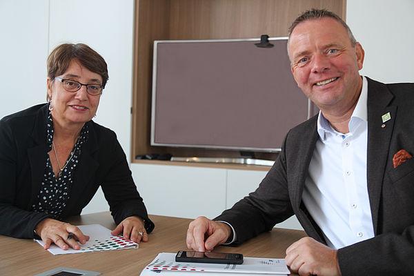 Foto (Universität Paderborn): Prof. Dr. Birgitt Riegraf und Matthias Goeken.