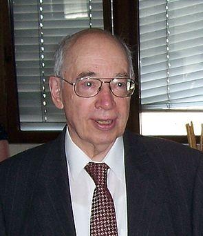 Foto (Mark Heinemann): Jubilar Prof. Dr. Dieter Schellong