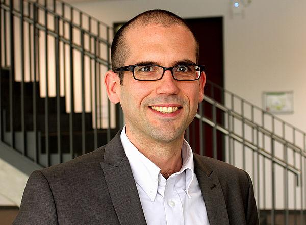 Foto (Universität Paderborn): Prof. Dr. Jan Paradies