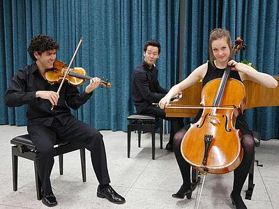 Trio Soohong Park, Klavier & Andrés Ramírez-Gastón, Violine & Jana Telgenbüscher, Violoncello