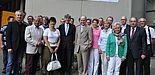 Foto (Universität Paderborn, Christiane Bernert): Prof. Dr. Nikolaus Risch (vorn, 4. v. li.) begrüßte Friedhelm Koch (vorn, 5. v. li.) zum Gedankenaustausch an der Uni. Der Vorsitzende der Mittelstandsvereinigung des Kreisverbandes Paderborn kam mit ei