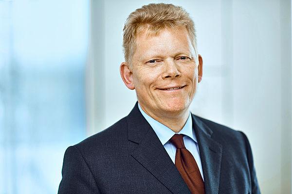 Foto (thyssenkrupp): Dr. Guido Kerkhoff, Chief Financial Officer und Mitglied des Vorstandes der thyssenkrupp AG.