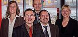Foto (Universität Paderborn, Marcel Gebbe): Von links: Die wissenschaftliche Begleitung des Innovationsprojekts InLab freut sich über die erfolgreiche Projektarbeit: Dipl.-Hdl. Andrea Zoyke, Prof. Dr. Marc Beutner, Dipl.-Hdl. Christof Gockel, Prof. Dr.