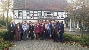 """Foto (Universität Paderborn): Teilnehmerinnen und Teilnehmer des Symposiums """"Perspectives for data science education at school level""""."""