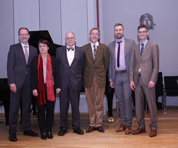 Foto: Gruppenbild(c) HfM Detmold/Plettenberg.